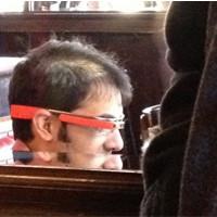 新年拉风版 红色Google Glass亮相纽约街头